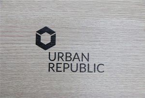 چاپ لوگو بر روی چوب توسط WER-D4880UV